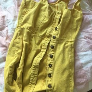 Dresses & Skirts - Yellow button down denim dress